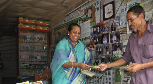 Image - First Female Agro-Retailer Certified by the Agro-Inputs Retailers' Network (AIRN)